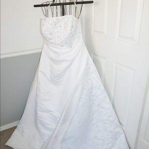 Wedding dress size 16w
